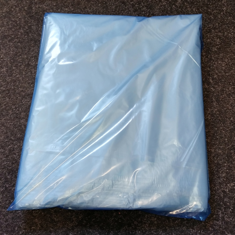 Polythene Aprons Flat Packed Made In UK pack of 150